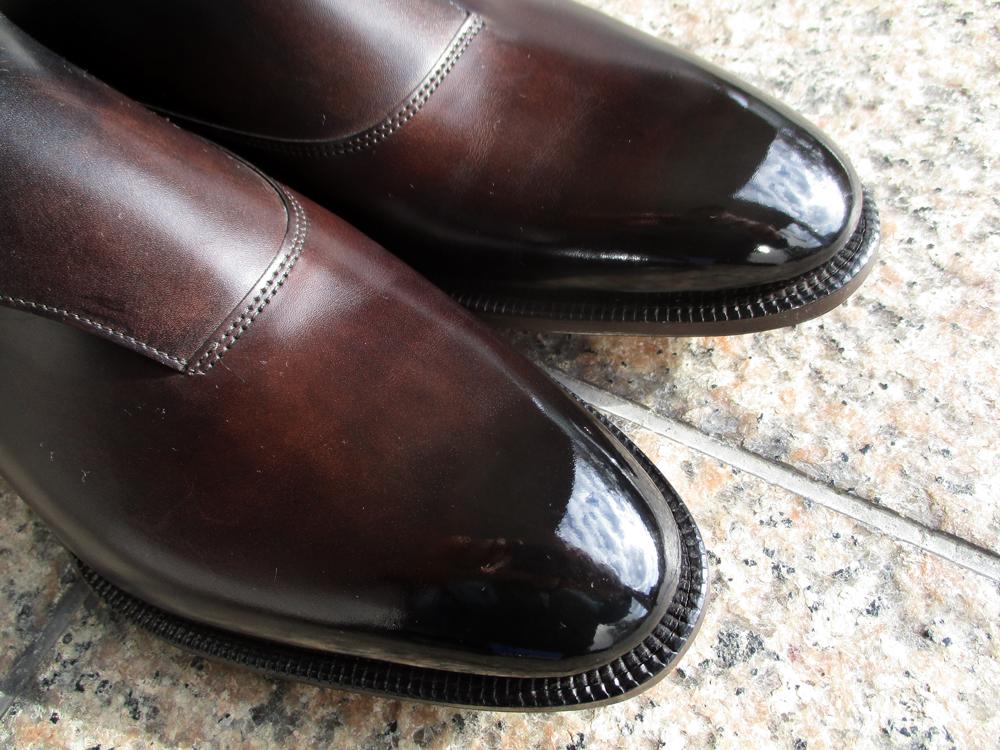 ジョンロブ 靴磨き お手入れ