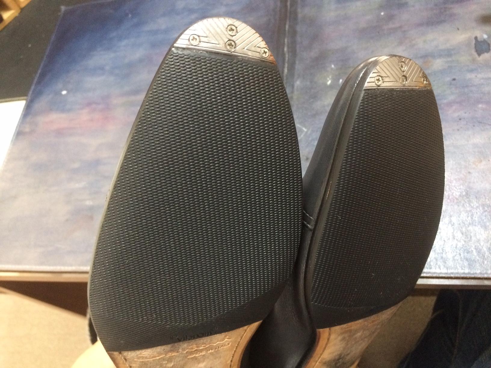サントーニ 靴修理 すべり止め