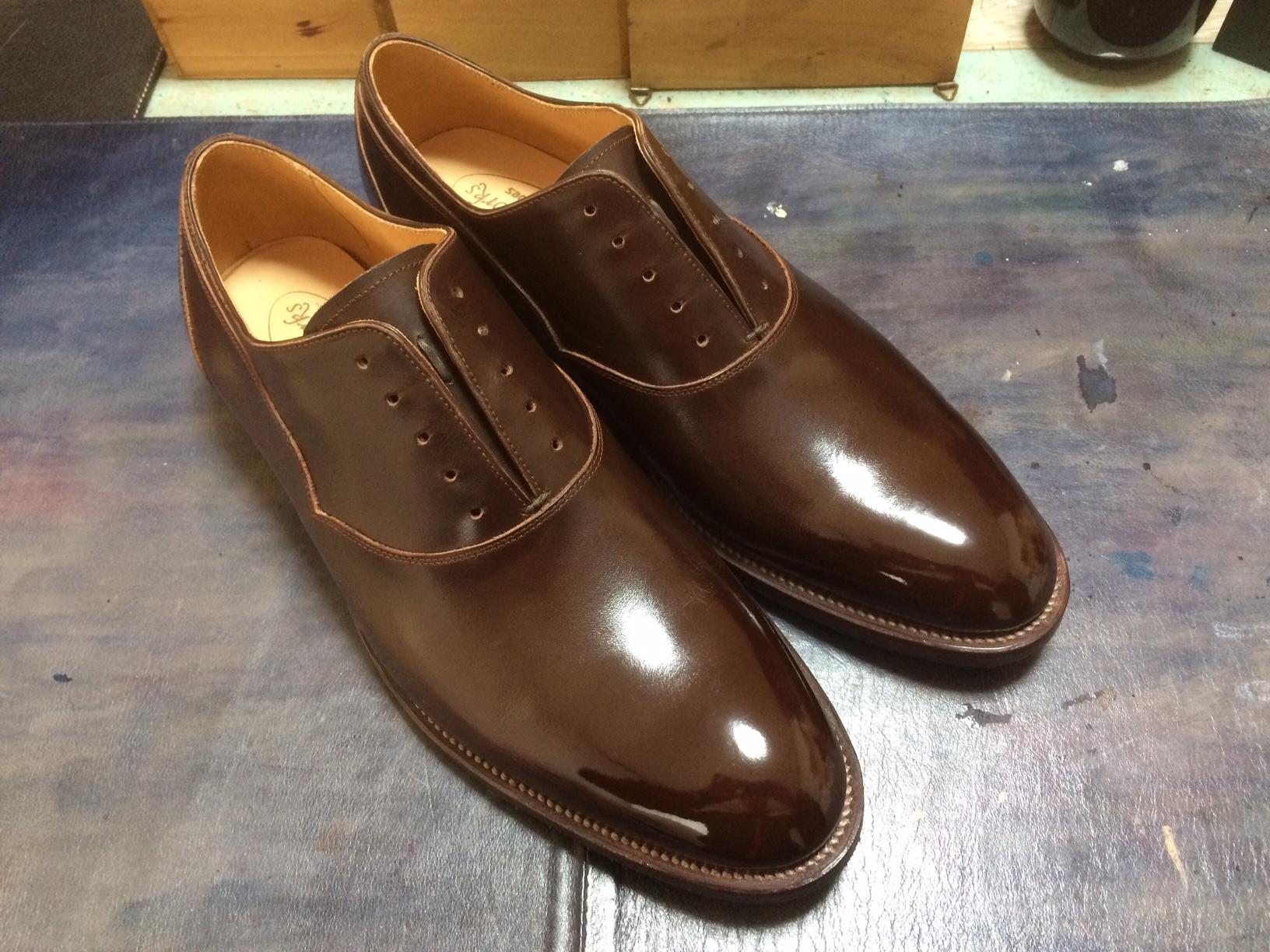 革靴 靴磨き ハイシャイン