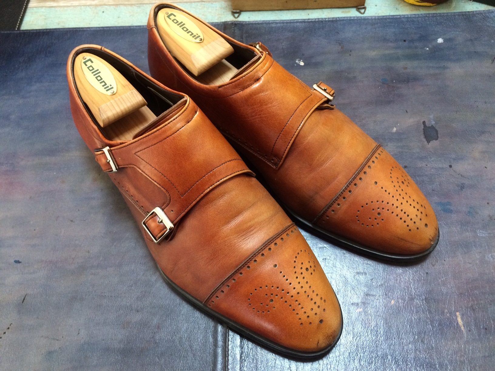 リーガル 靴 染め替え