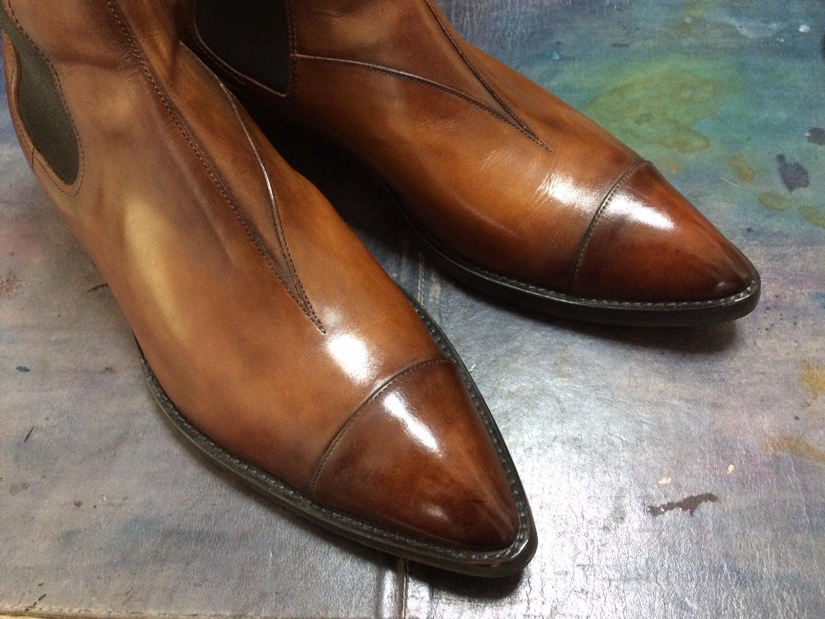 ベルルッティ ブーツ 靴磨き