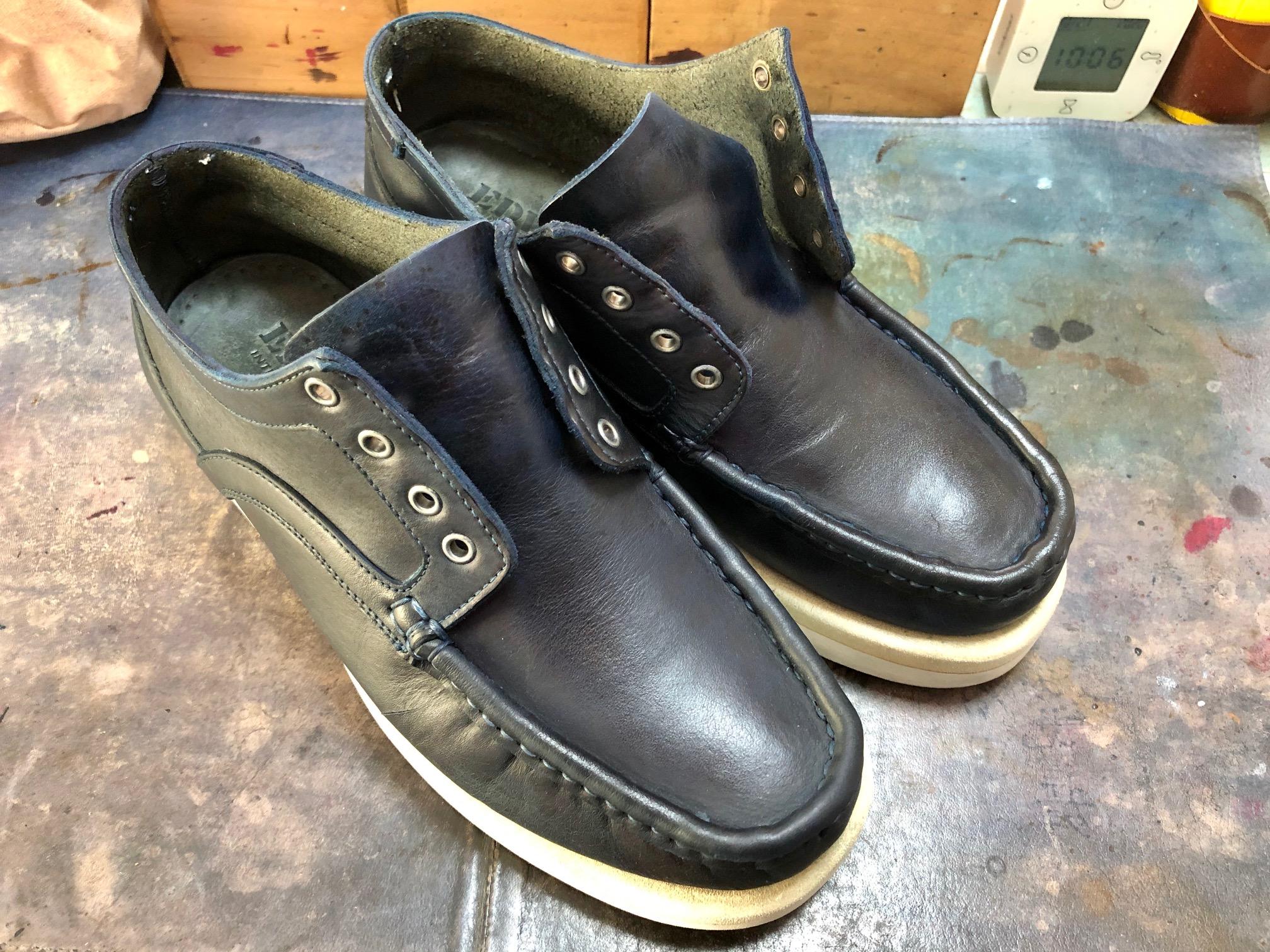 革靴 染め替え シミ消し